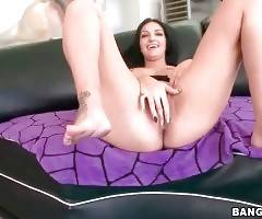 Naughty Amber Cox Is Perfectly Stacked 1