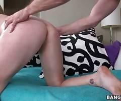 Horny Dude Bangs Slutty Blonde With Huge Jugs 2