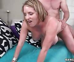 Horny Dude Bangs Slutty Blonde With Huge Jugs 2