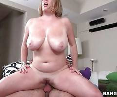 Horny Dude Bangs Slutty Blonde With Huge Jugs 1