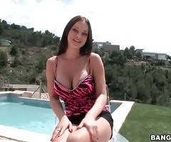 European Hottie Abbie Cat Is Perfectly Stacked 1