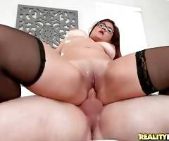 Curvaceous babe Selena Kyle is jumping on Peter Green`s dong.